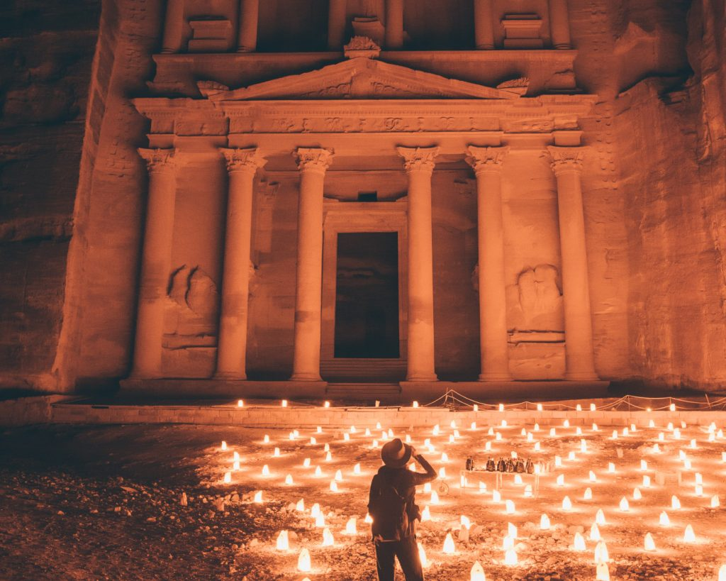 PETRA BY NIGHT: FOLLOW THE CANDLES